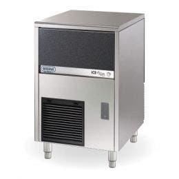 Machine à glaçons pleins - 40 kg/24h - condenseur air